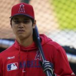 Angels' Shohei Ohtani heads to arbitration; Bundy, Heaney won't