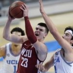 UCLA blows out Washington State to stay unbeaten in Pac-12