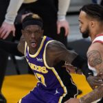 LeBron James, Lakers end losing streak in win over Blazers