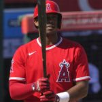 Angels blast five home runs in loss to Brewers
