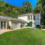 Katy Perry bags $7.475 million for Beverly Hills guesthouse